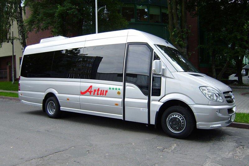 wynajem busów w radomiu
